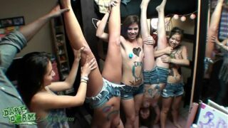 DareDorm – Dorm girls have some fun with paint